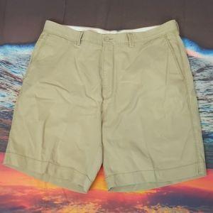Tommy Bahama tan shorts size 38